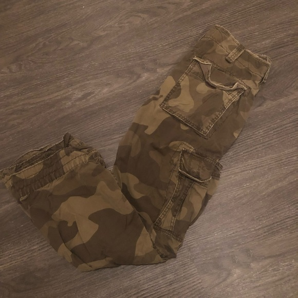 American Eagle Outfitters Other - Men's Camo American Eagle cargo pants